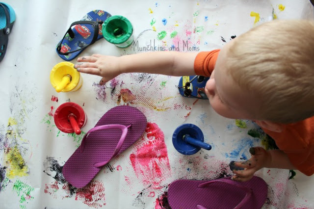 Use sandals for a fun process art activity this summer!