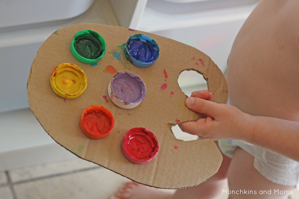 DIY dramatic play artist palette for preschoolers