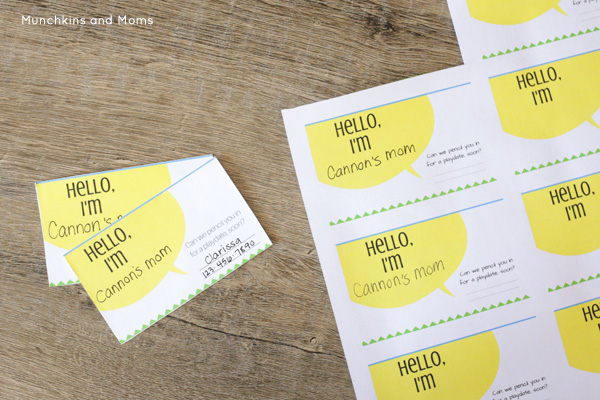 FREE printable playdate cards for moms! These would be super convenient on the playground!